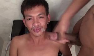 Facializing asians pee