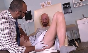 Dastardly doctor removing something from a difficulty ass be incumbent on a white guy