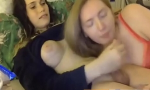 natural girl suck penis girl