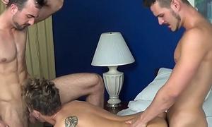Alex Lane, Kyle Steele &amp_ Mason Lear BAREBACK far Charlotte on JasonSparksLIVE
