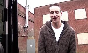 Youthful British jock blowing beamy cock in car threeway
