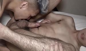 Japanese twink bounces