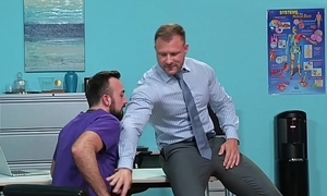 Muscle Hunk Daddy Doctor Austin Wolf Rough Fucks Hairy Employee