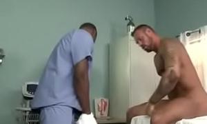 M&eacute_dico fudendo com paciente gostoso