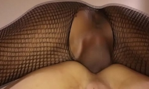 Thai shemale Gan fucks guy'_s pain in the neck without a condom