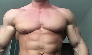 Sexy Sven Bodybuilder Worship