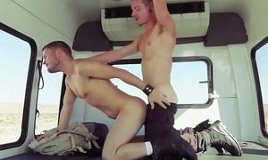 I&rsquo_ll Give U A Blowjob, Let U Fuck &amp_ Fist Me In Ur Moving Van