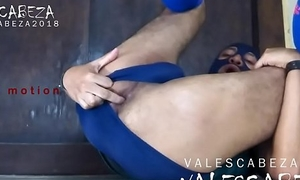 ValesCabeza231 ASS PISSING 2 ano meando 2 FOR SPEEDO FETISHIST