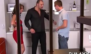 Needy bitches engulfing and fucking during bi raunchy orgy