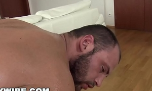 GAYWIRE - Muscle Hunk Oiled Up For A Fabulous Gay Anal Pounding