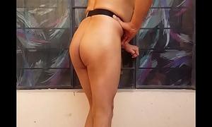 Soy la travesti de closet LUISA  mostrando mi cuerpo desnudo y al natural ofresco placer por 30 soles el tiempo que te demores...