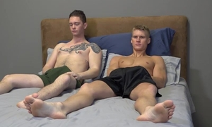 Tattooed twink can't succeed in enough of boyfriend's cock