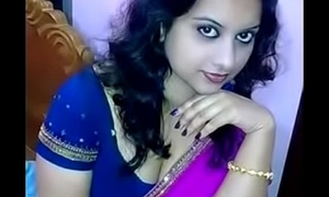 hot aunty hot location